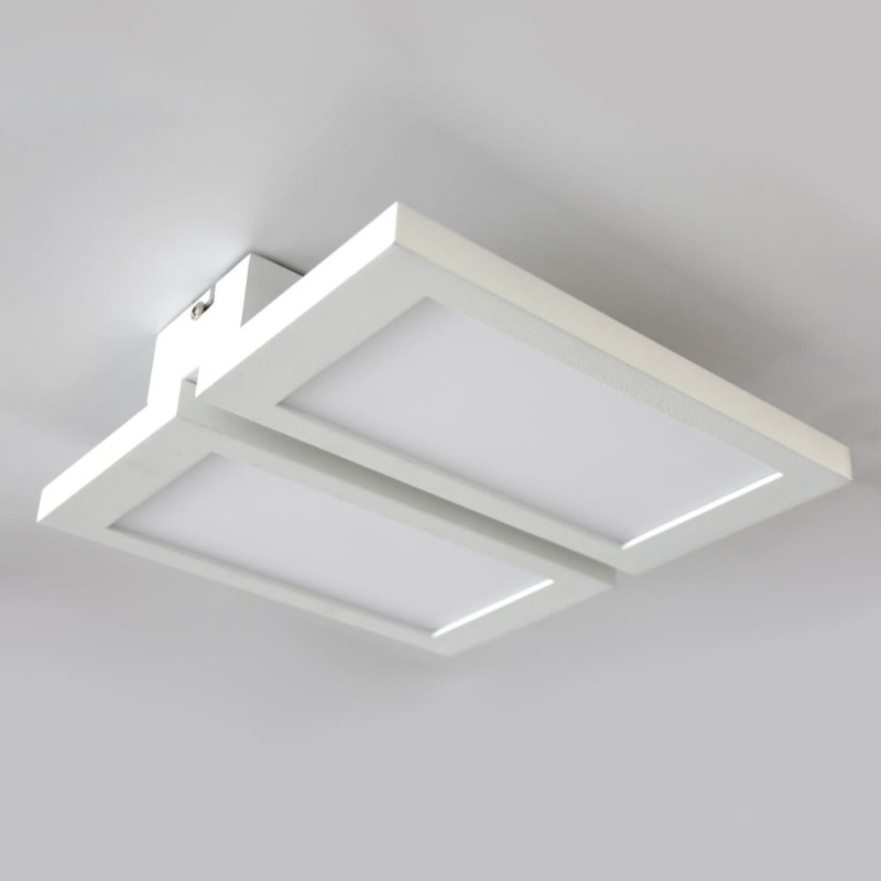 Plafón LED Or 2x18W instalado en techo blanco