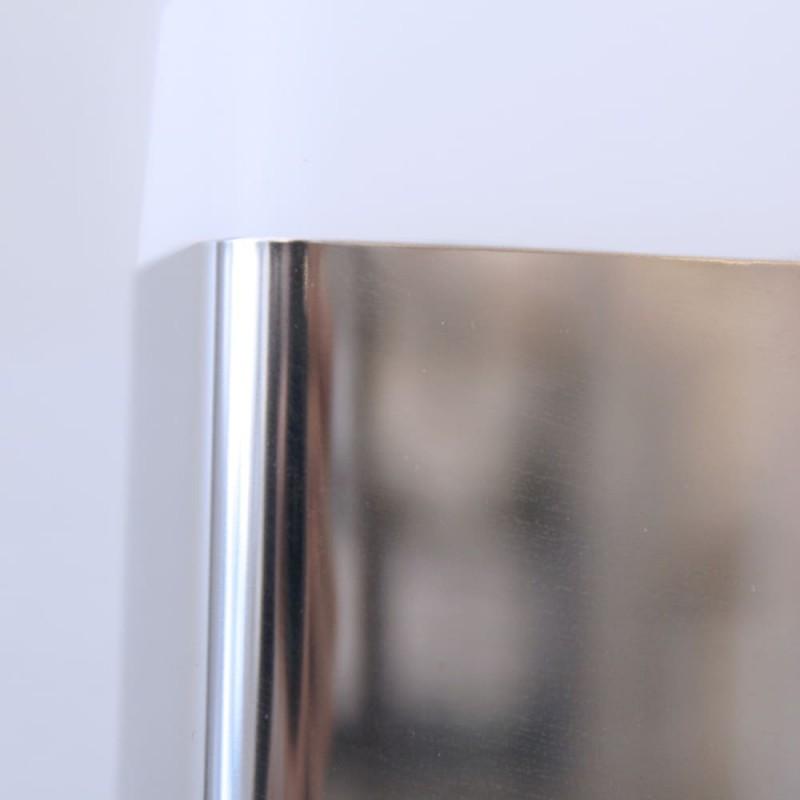 Detalle acabado cromo Aplique de baño LED 11W 5700K Álava