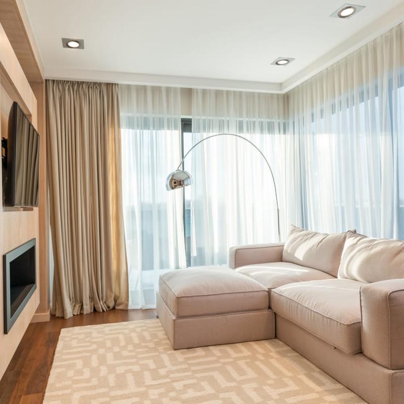 Habitación de hotel con HELIUM QR111 ALUMINIO