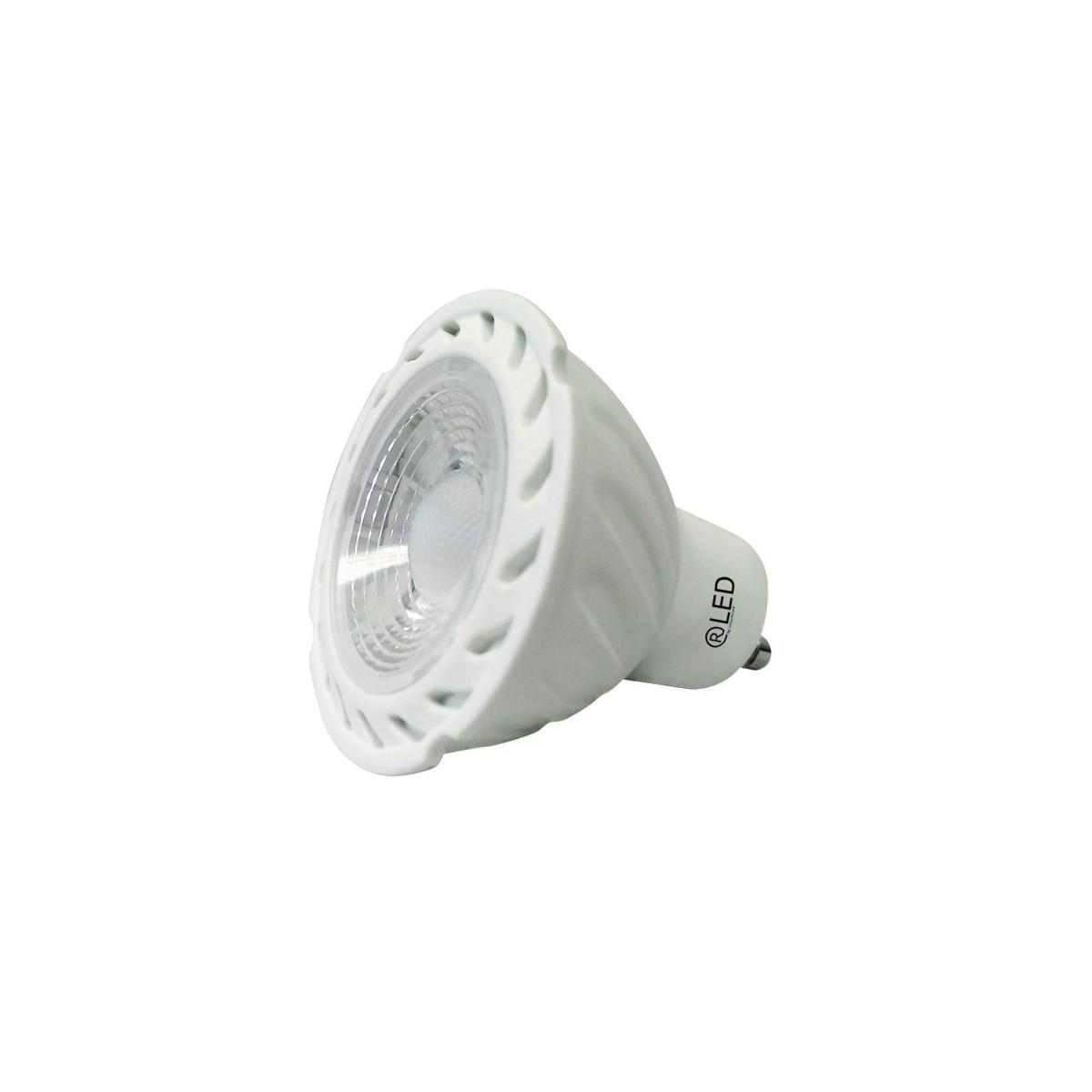 Dos bombillas LED GU10, 7 W, 2700 K, 556 Lm.