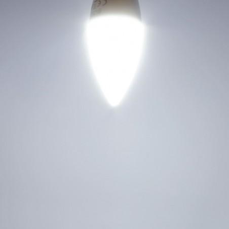 BOMBILLA LED VELA E14 ENCENDIDA